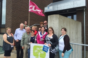 CUPE and NLLA members outside A.C. Hunter Public Library